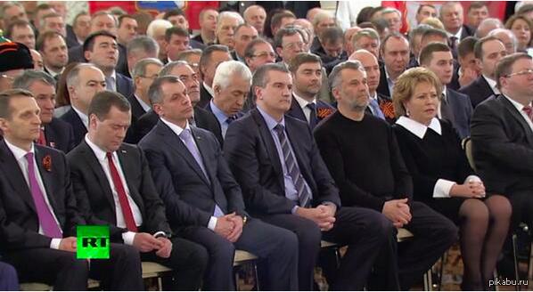 Он опять спит Обращение Владимира Путина по итогам референдума