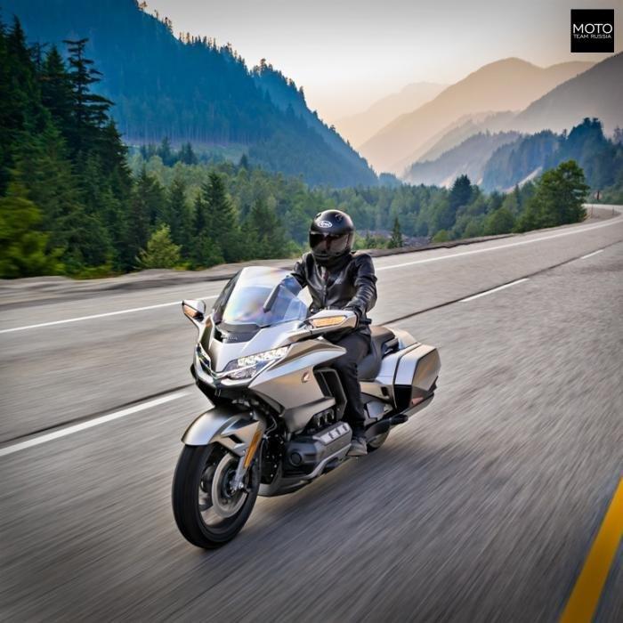 """Обновленный """"космолет"""" от Хонды или Honda GL1800 GoldWing Мото, Хонда, Мотоциклы, Мотоциклист, Байкеры, Goldwing, Длиннопост"""