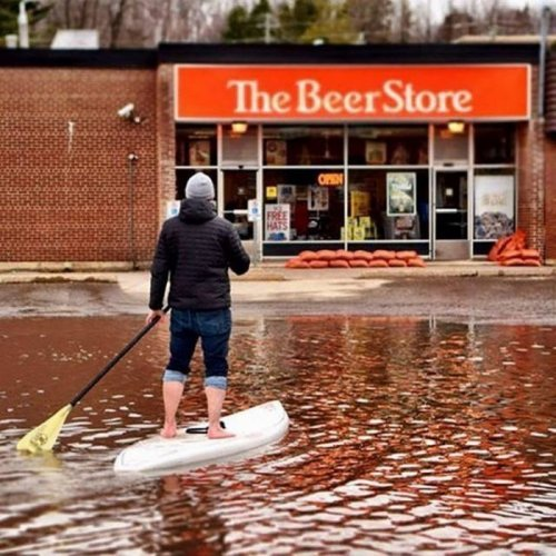 Это вам не США. Понаехали in Canada. Канада, США, Пиво, Квебек, Америка, Северная америка, Фотография