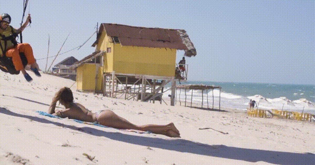 прикольные гифки пляж таких ситуациях
