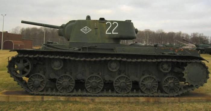 «Клим Ворошилов», выдержавший взрыв 1000кг бомбы Танки, Кв-1, Великая Отечественная война, Длиннопост