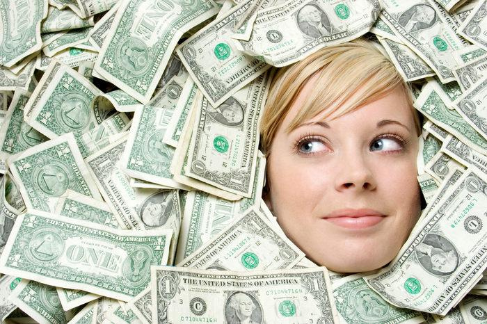 Девушки трахаются за деньги на улице