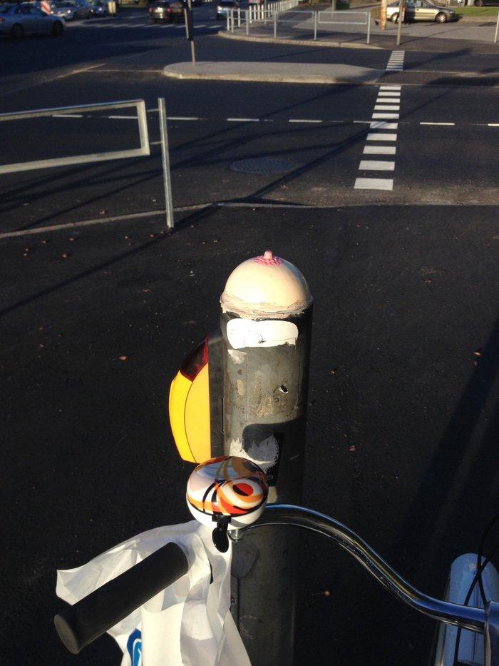 Прогулка на велосипеде или какую кнопку нажимать?