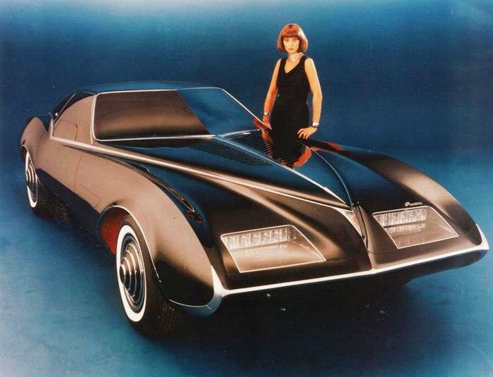 Подарок на память (Pontiac Phantom (Madam X)) Pontiac, Концепт, История