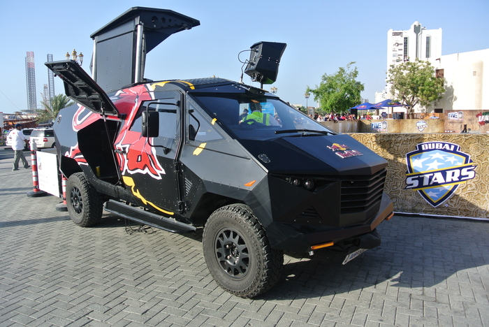 RB-LR Party Van Авто, Редкий автомобиль, Спорт, Транспорт, Техника, Red bull, Развлечения, Шоу-Кар, Длиннопост