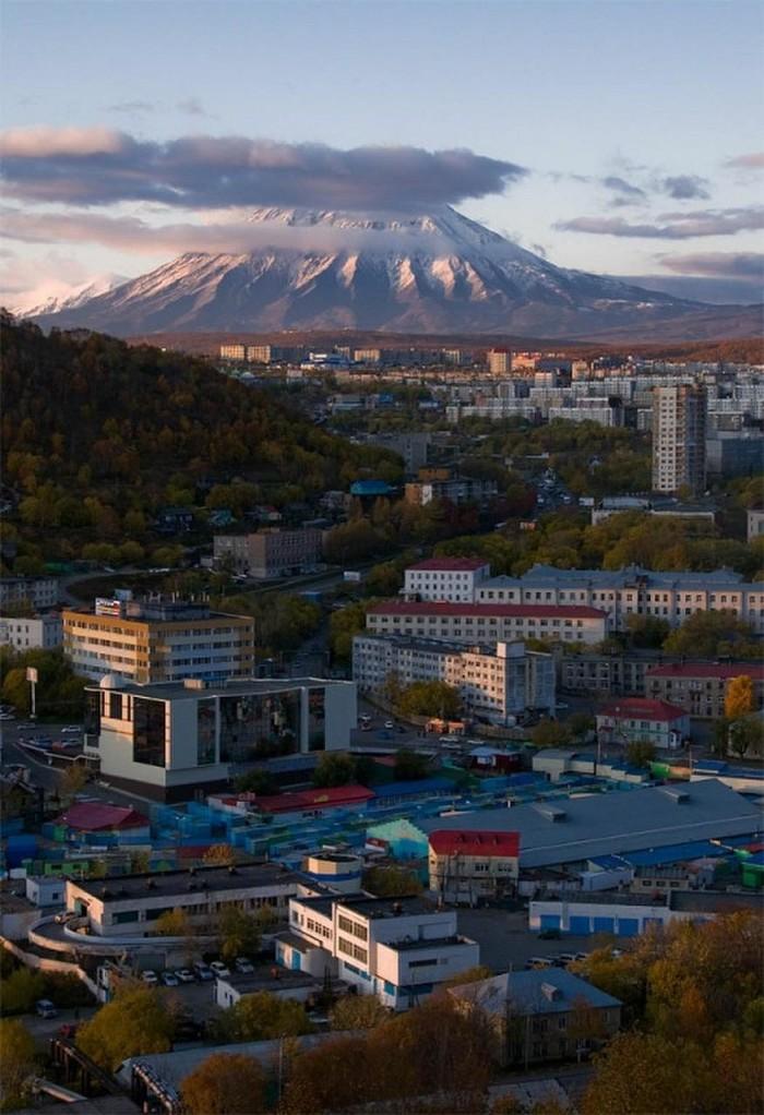 Завод горного оборудования в Петропавловск-Камчатский молотковая дробилка цена в Полевской