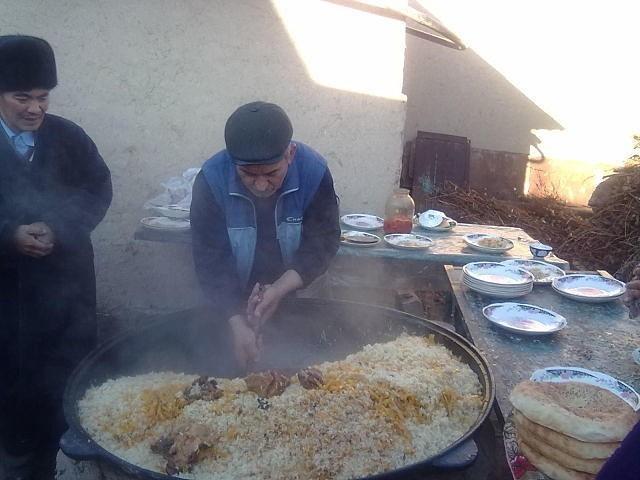 Национальные блюда Узбекистана Узбекистан, Национальная кухня, Плов, Узбекская Шурпа, Узбекский Лагман, Длиннопост, Еда