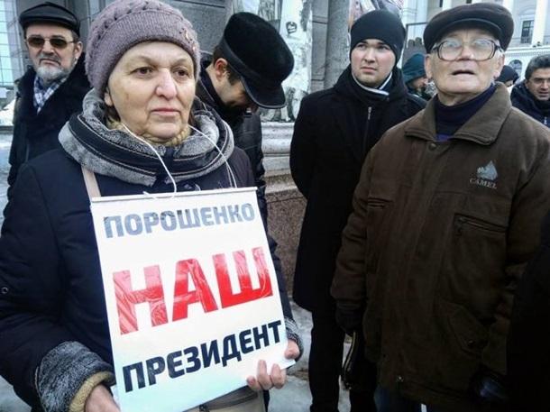 У центрі Києва обвалилася стіна між будинками, пошкодивши газові труби та роздавивши дві машини - Цензор.НЕТ 3553