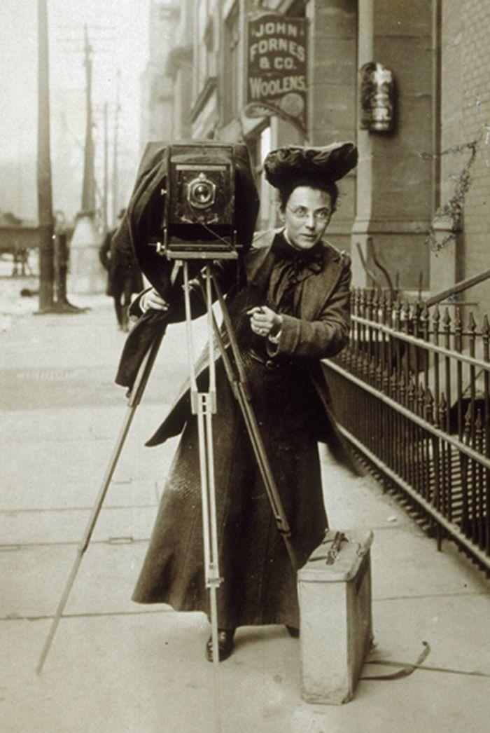 качестве системной как выглядело фотоателье в начале прошлого века форма цветка бокаловидный
