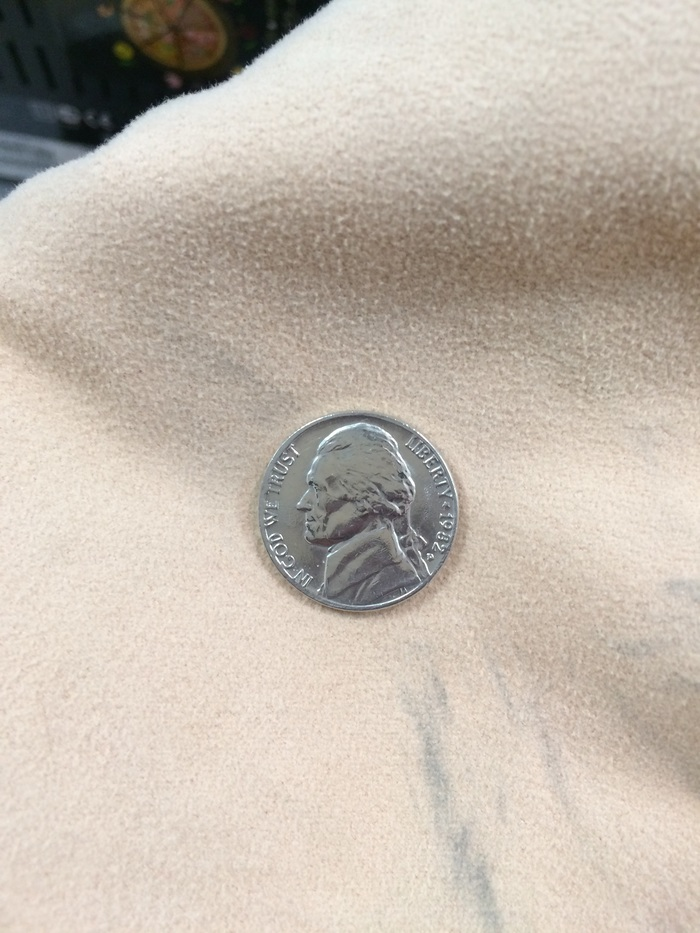 5 центов 1982 D.