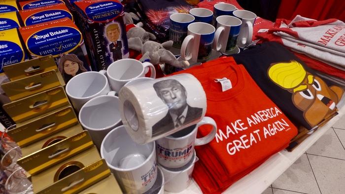 Приколы в США Путин, Трамп, Магазин сувениров, Лас-Вегас