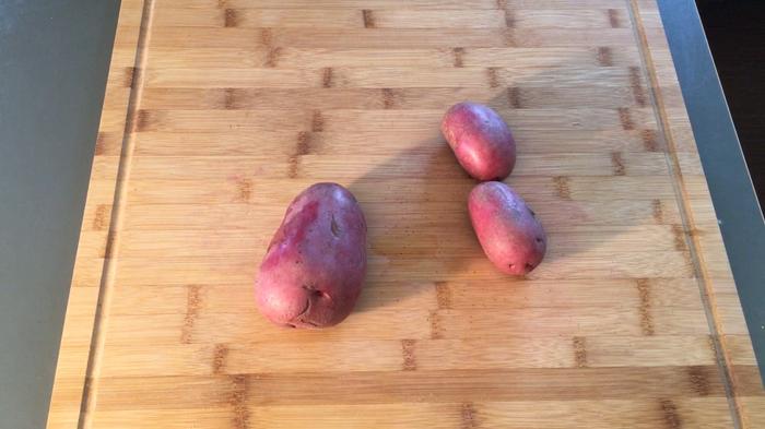 Рецепт жареной картошки с золотистой корочкой! Жареная картошка, Рецепт, Готовим дома, На скорую руку, Видео, Длиннопост