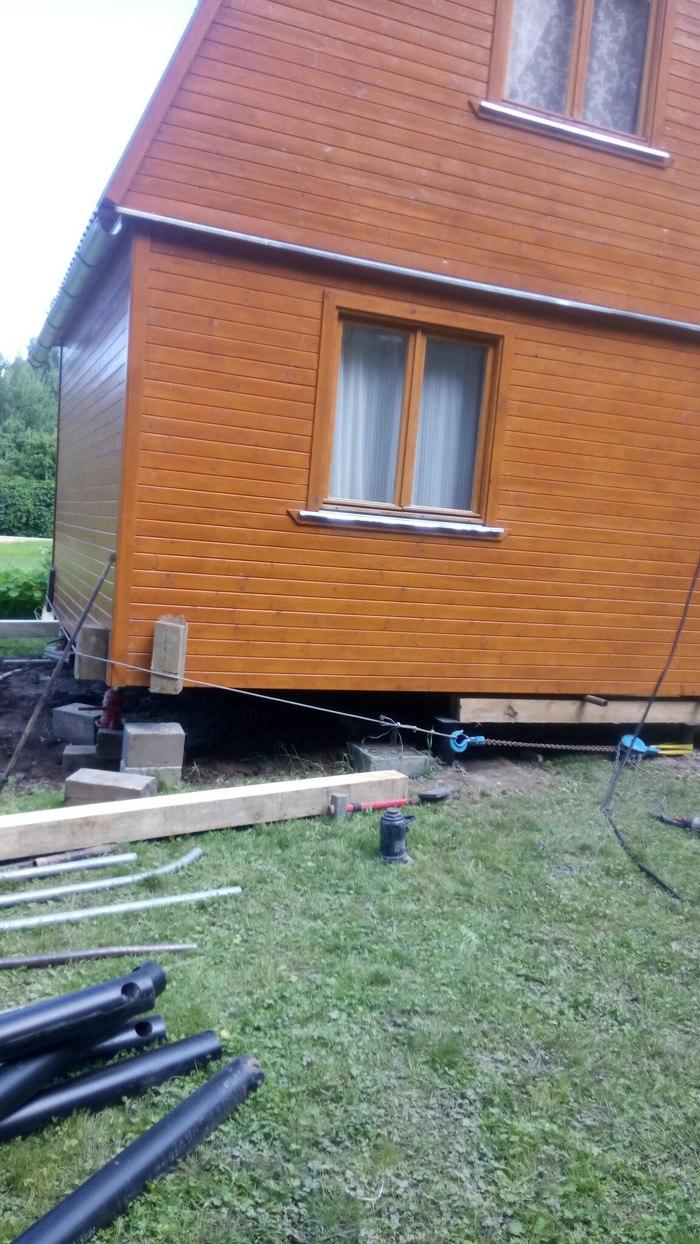 Как мы меняем фундамент под домами. дача, Строительство, Морозное пучение, винтовые сваи, своими руками, перемещение домов, видео, длиннопост