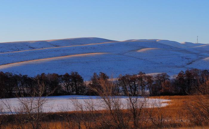 Цветовые контрасты малоснежной зимы Горы, Свет, Закат, Рыжина, Синий, Белизна, Оренбург, Начинающий фотограф