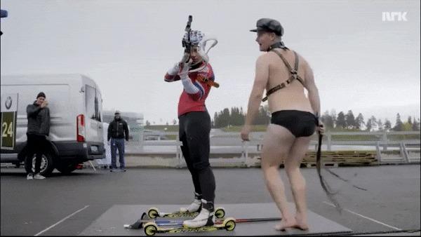 Биатлонист должен быть готов ко всему! Биатлон, Выдержка, Голый мужик, Гифка, Видео