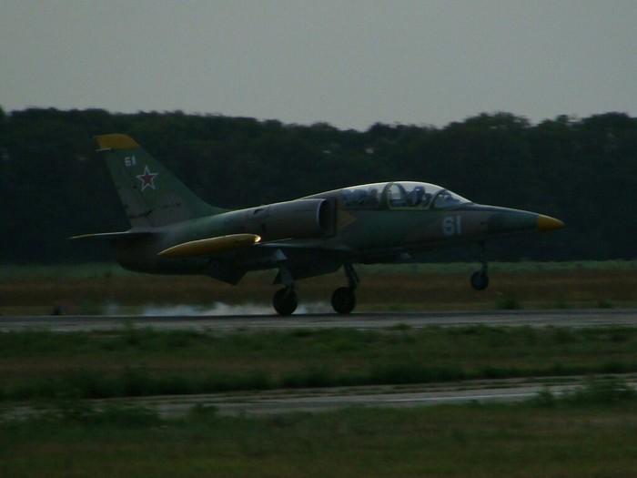 Мягкая посадка Самолет, Посадка, l-39
