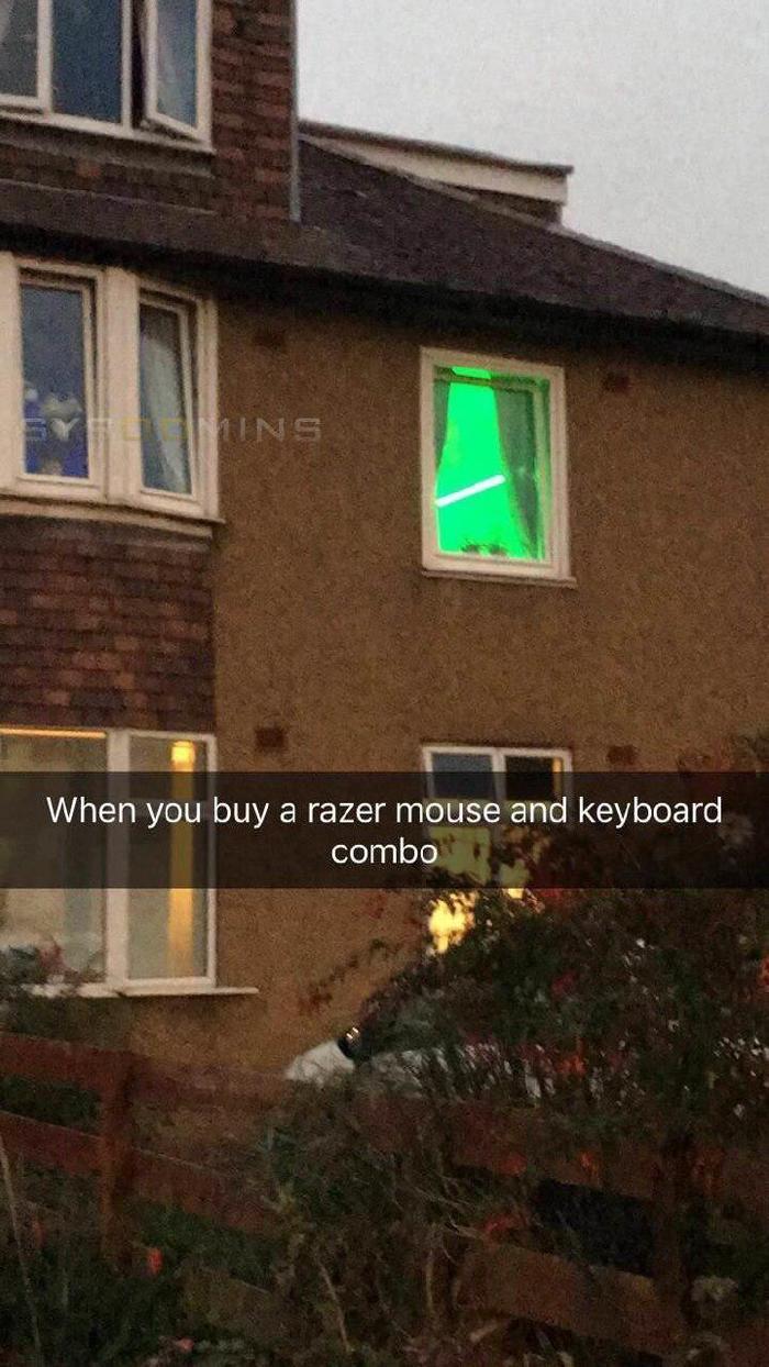 Когда купил мышь и клавиатуру от Razer