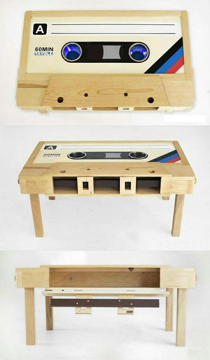 Ностальгия диктует свое видение Старая кассета, Стол, Дизайн, Pinterest, Длиннопост, Флопик, Nintendo, Кубик рубика