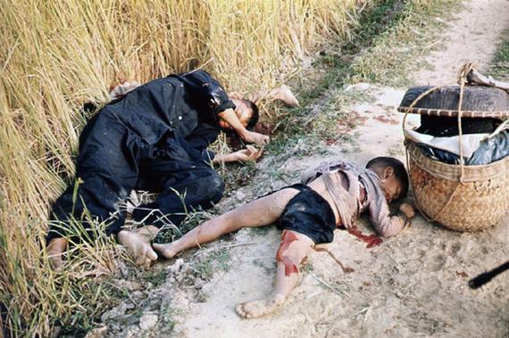 Сегодня исполняется 50 лет со дня массового убийства в Сонгми мирных жителей Вьетнама военнослужащими США. Политика, США, Вьетнам, Убийца, Война во Вьетнаме, Жесть