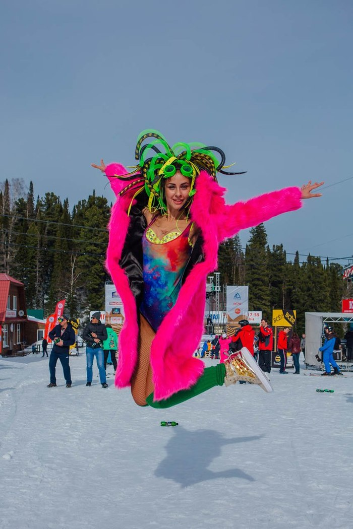 В сибирском курорте Шерегеш прошёл карнавал фестиваля Grelka Fest Шерегеш, Курорт, Сибирь, Фестиваль, Grelka fest, Карнавал, Видео, Длиннопост