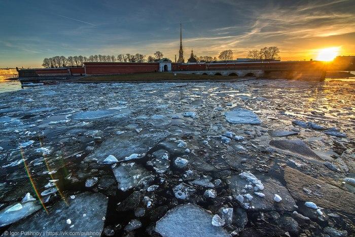 Два бокала Невы со льдом, пожалуйста! Игорь Пушной, Петропавловская крепость, Санкт-Петербург, Фотография