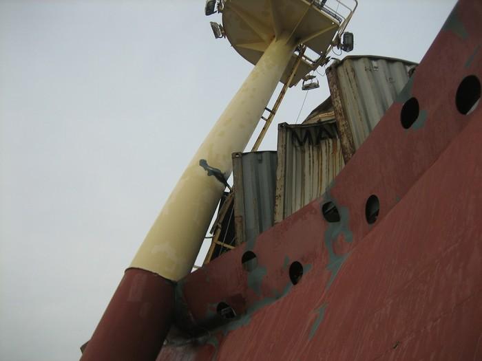 """Что бывает после шторма, или что делать когда капитан """"герой"""" штормовое предупреждение, море, жизнь морская, длиннопост, мат"""