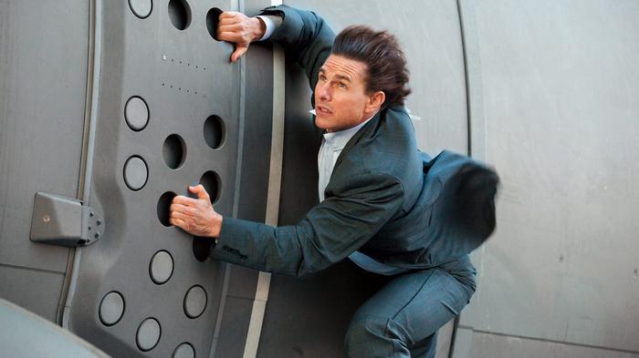 Том Круз прыгнул с парашютом 106 раз ради одной сцены Фильмы, Актеры, Трюк, Парашют, Том Круз, Миссия Невыполнима, Новости