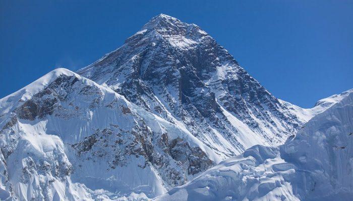 Бренность бытия или туристический Дзен на вершине мира... Туризм, Эверест, Бренность, Дзен, Печаль, История, Странности