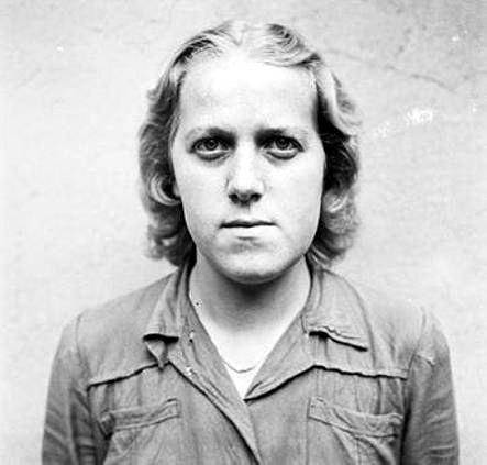 пытки казни женщин в концлагерях