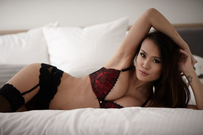 Jennie Nguyen Девушки, Клубничка, Длиннопост