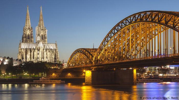 Самые посещаемые архитектурные памятники Германии Германия, Достопримечательности, Немецкий, Берлин, Немецкий язык, Рейхстаг, Длиннопост