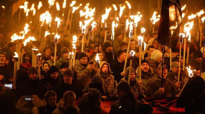 На Украине признали, что государство не в состоянии защитить своих граждан Украина, Политика, Националисты, Оружие, Украина и ЕС, Видео, Длиннопост