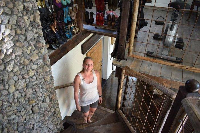 Мать-одиночка своими руками построила дом с нуля Строительство, Строительство дома, Своими руками, Финляндия, Длиннопост