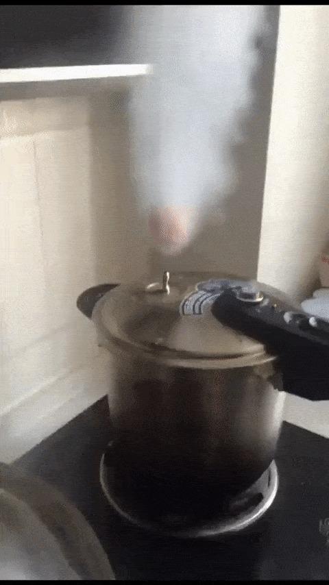 Яйцо парящее на пару