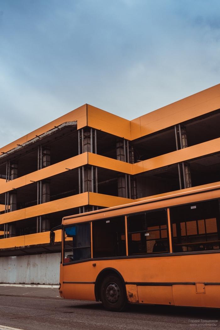 Оранжевое Фотография, Автобус, Здание
