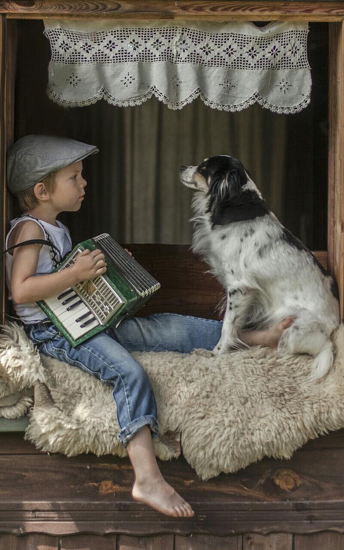 — Это не баян, это аккордеон!