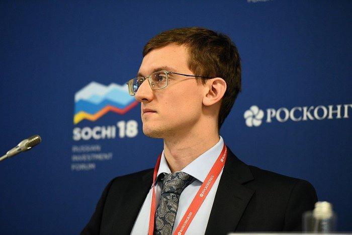Враги Народа: Автор пенсионной реформы знакомьтесь. 35 летний мозг из Института Гайдара.