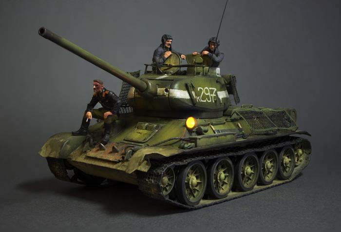 Модель танка Т-34-85 Стендовый моделизм, Модели, Бтт, т-34, Роспись, Аэрограф, Творчество, Хобби, Длиннопост