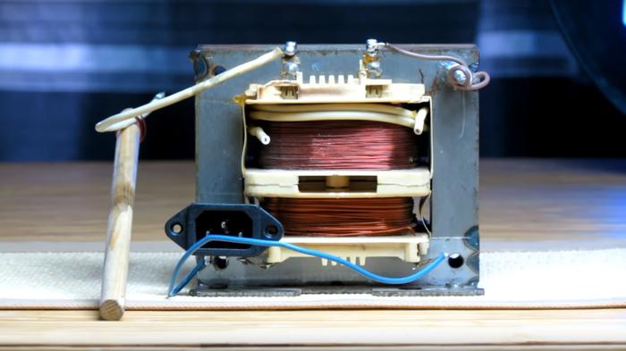 Нагреваем и плавим металл трансформатором Трансформатор тока, Плавим током, Трансформатор, Контактная сварка, Своими руками, Как сделать, Видео, Длиннопост