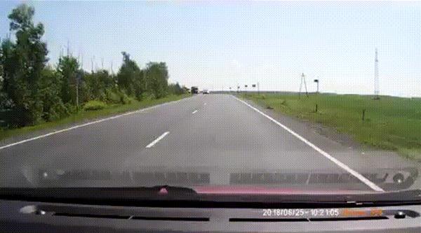 Повезло #18 ДТП не случилось, Трасса, Повезло, Встречка, Гифка, Видео