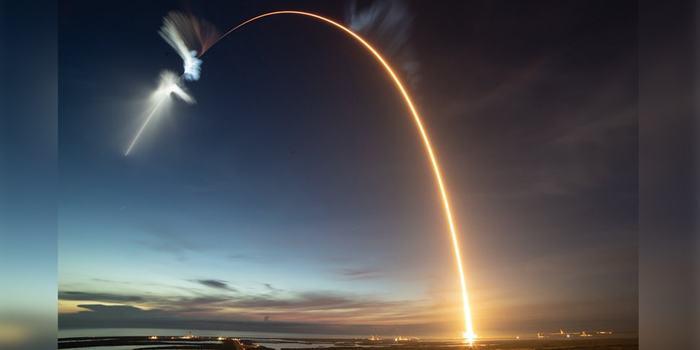 SpaceX успешно отправила на МКС робота «Саймона» Космос, Spacex, Ракета, МКС, SpaceX Dragon, Копипаста, Видео