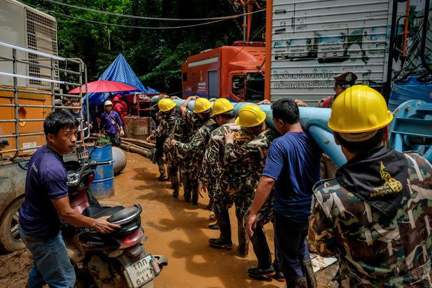 Пропавшие школьники Таиланда найдены!