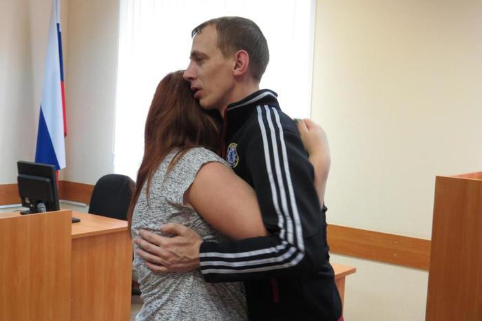 Бердчанина которому грозило почти 10 лет освободили в зале суда. Бердск, Самооборона, Суд, Правосудие, Новости, Длиннопост