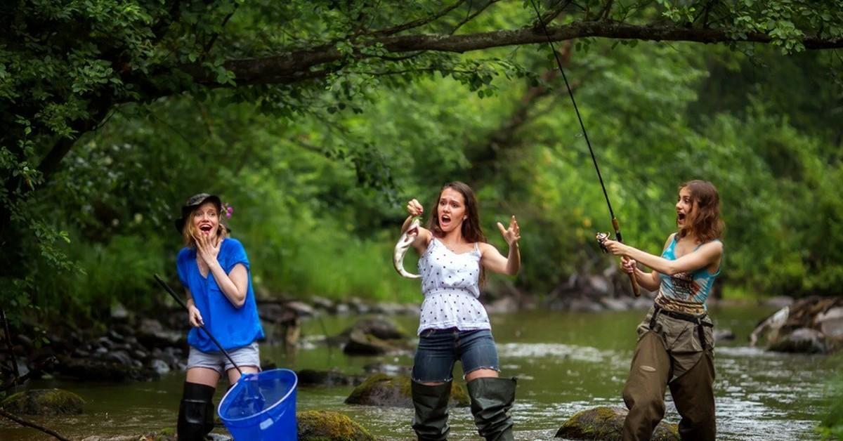 Прикольные картинки с девушками на рыбалке