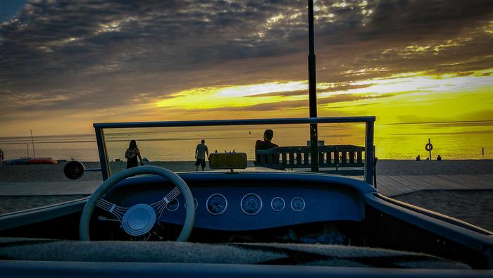 Закат над озером Мичиган Америка, США, Мичиган, Закат, Лето 2018, Ретроавтомобиль