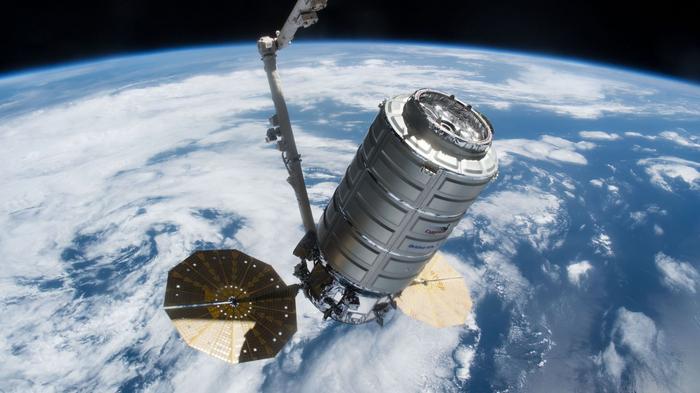 Транспортный корабль Cygnus совершил подъём орбиты МКС Космос, Мкс, Cygnus