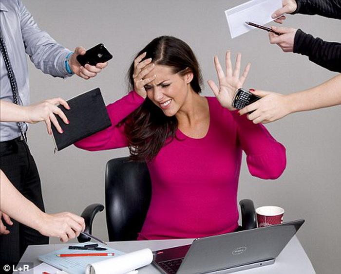 Поговорим о работе, как о месте, где мы проводим половину жизни работа, ошибки восприятия, страх, длиннопост