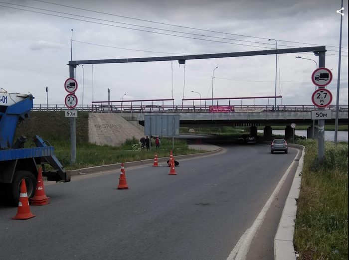 """Мало ли кто пока так и не подписался на бложик моста в Твиттере, расскажу последние новости """"Моста глупости"""": Мост глупости, Длиннопост, Моё, Twitter, Блог, ДТП, Санкт-Петербург, Колпино"""