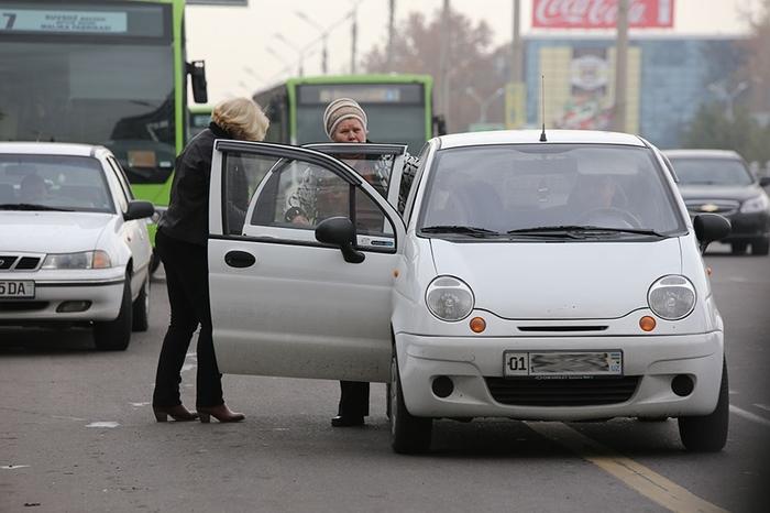 Теперь нарушения ПДД пешеходами в Узбекистане фиксируются в электронном протоколе Пдд, Узбекистан, Пешеход, Закон, Протокол, Длиннопост