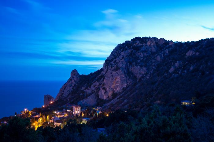 Вечерний Симеиз, гора Кошка